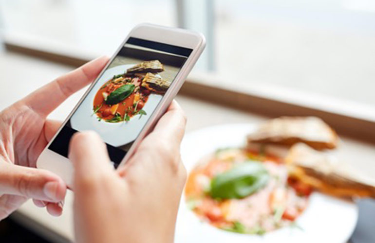 Your tech is making you overeat