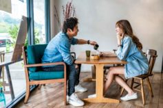 couple on first date at a cafe